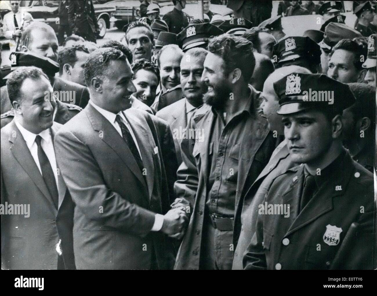 Sep. 09, 1960 - Nasser visits Castro: The President of the United Arab Republic, Gamal Abdel Nasser who is in New - Stock Image