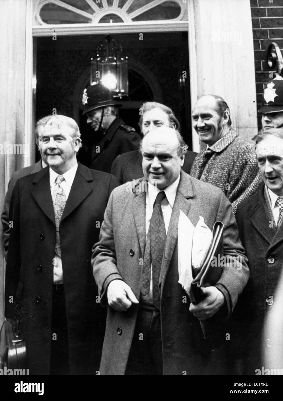Joe Gormley leaves meeting at No. 10 Downing Street Stock Photo
