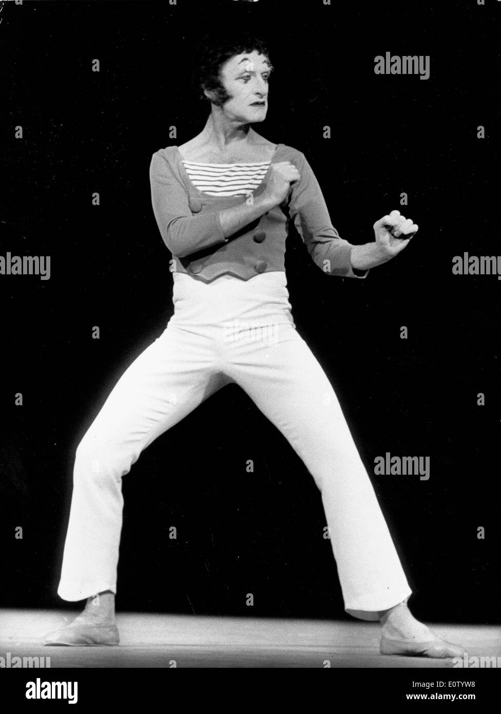 Marcel Marceau miming on stage - Stock Image