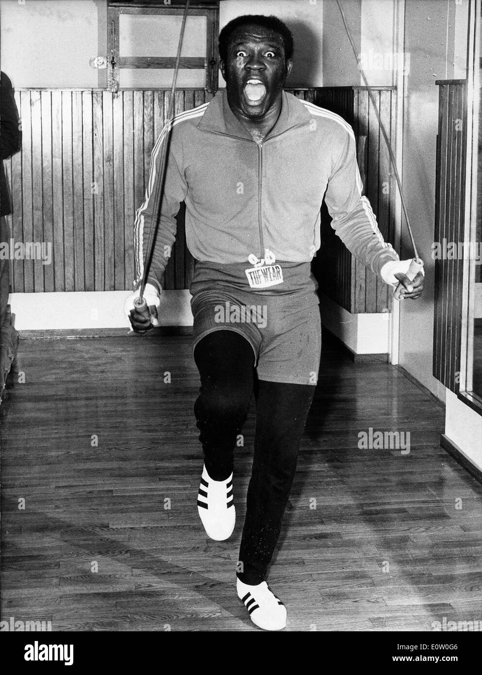 Boxer Emile Griffith jumping rope - Stock Image
