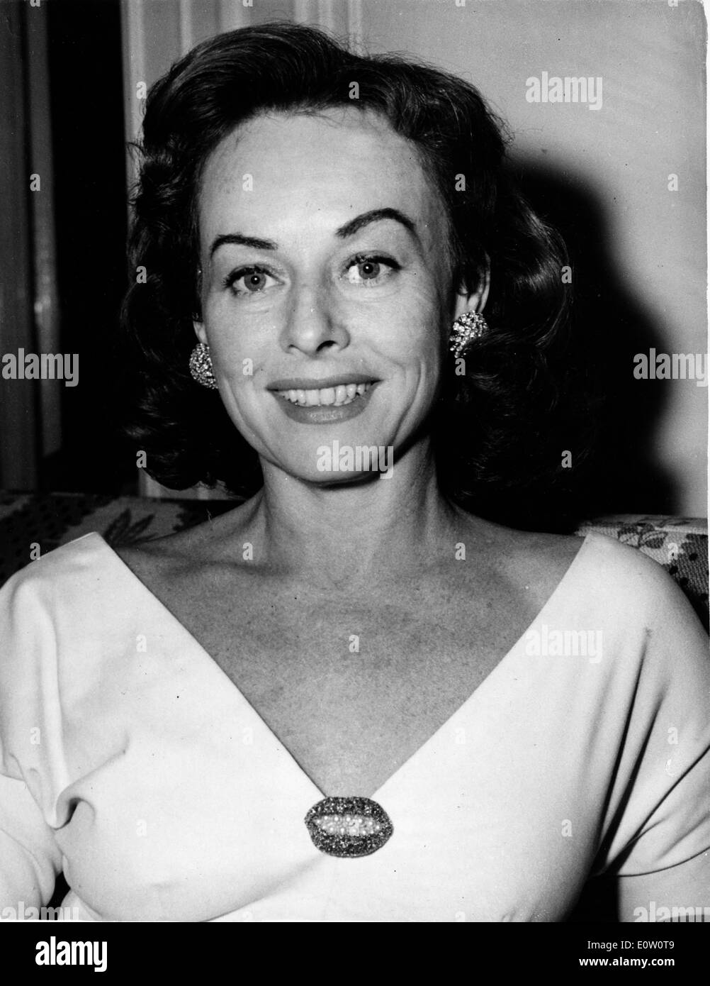 Actress Paulette Goddard in an evening gown - Stock Image