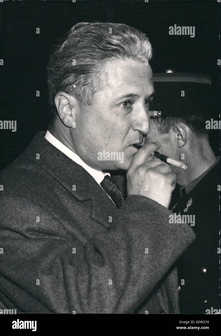 Dec 12 1960