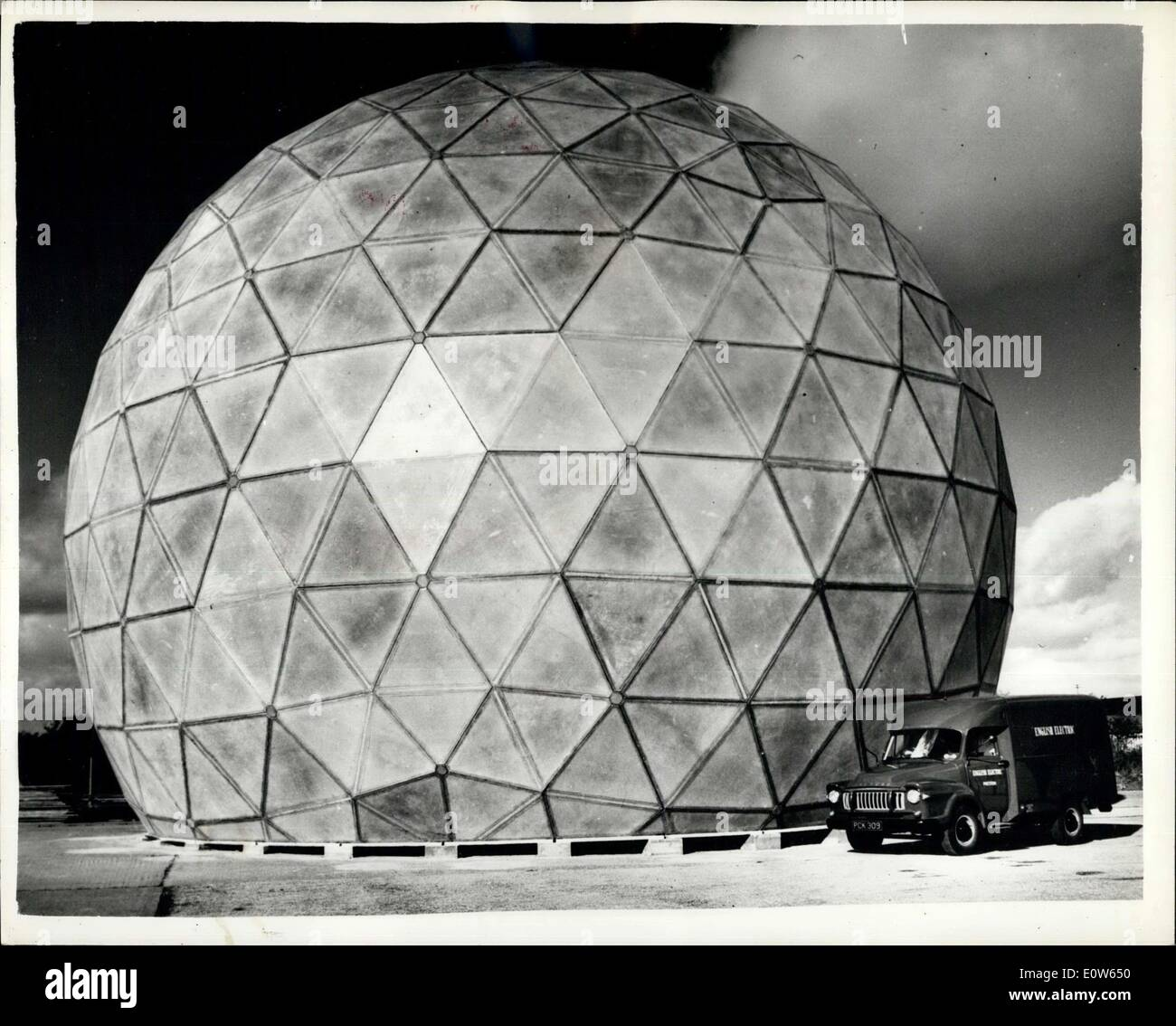 Sep. 18, 1961 - Europe's largest Reinforced Plastics Structure Completed : The largest reinforced plastics structure yest made in Europe, aground radome, which looks like a giant three - quarter football, has just been completed and erected fro test by English electric at Freckleton, lanos . The structure, for the protection of defence radar equipment, is designed to withstand hurricane - force winds and temperatures well below zero. It is nearly 70 feet in diameter and more than 50 feet high. Photo shows The plastic radome. - Stock Image