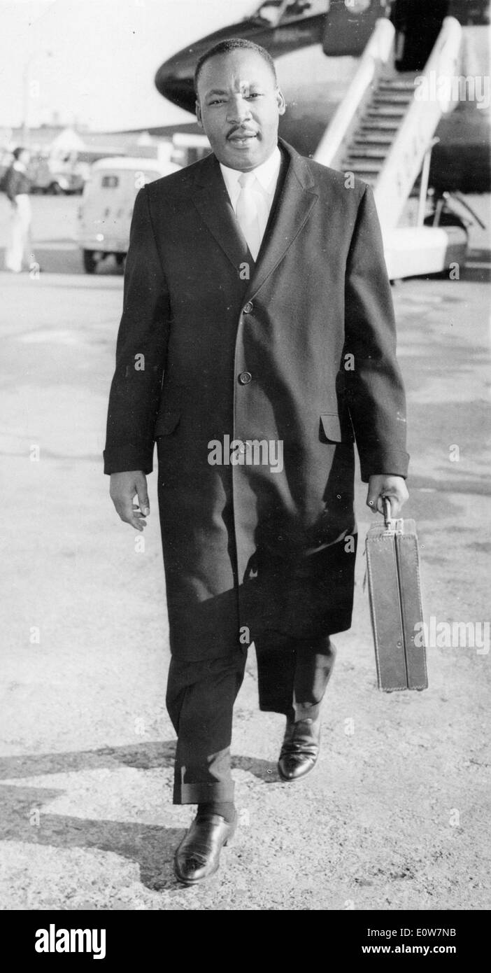 Martin Luther King, Jr. arriving at London Airport - Stock Image