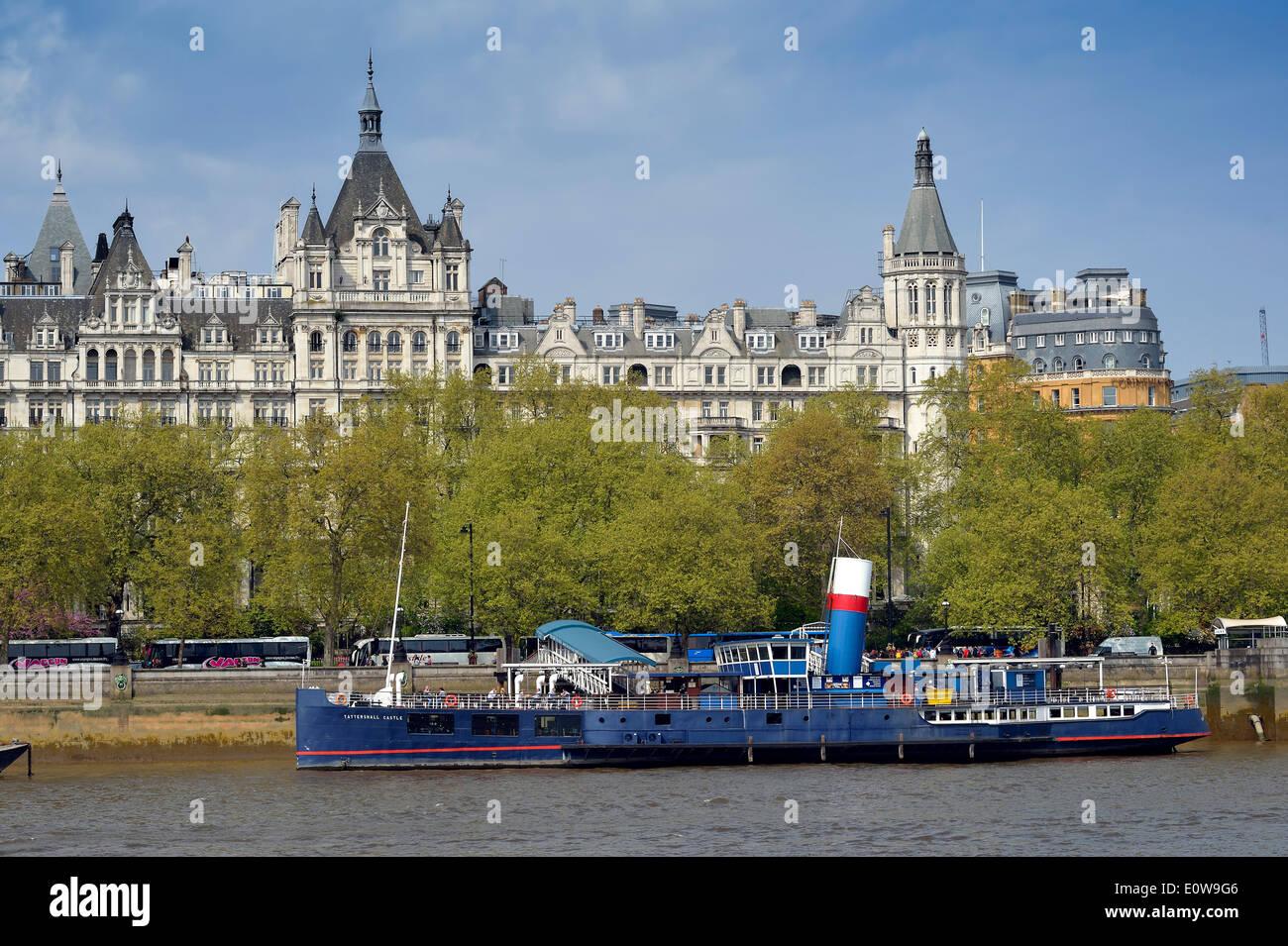 HMS President on the River Thames at Victoria Embankment, London, England, Greeting Kingdom - Stock Image