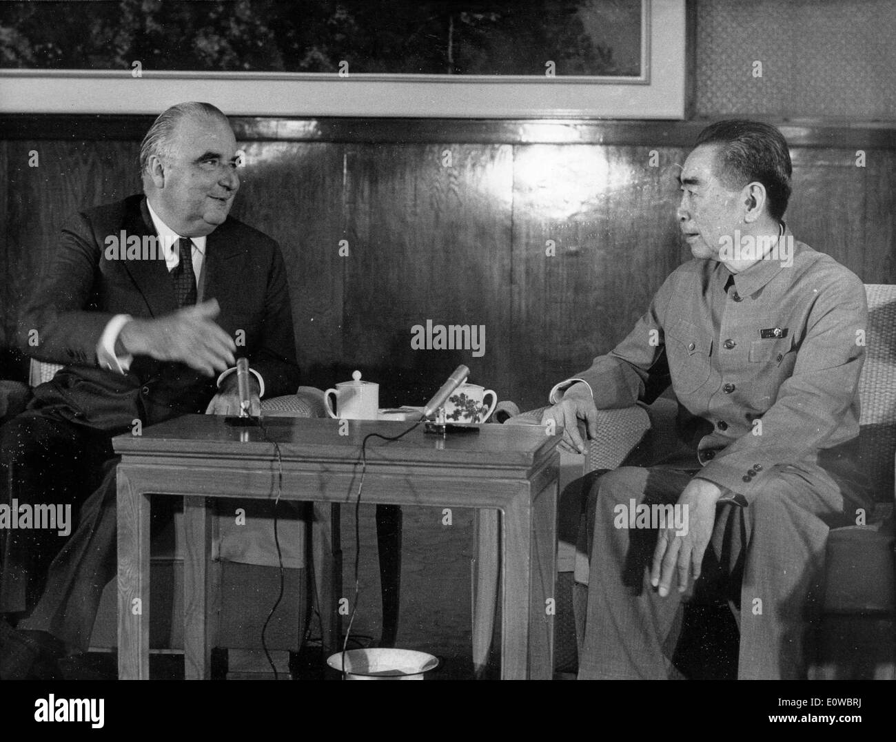 Georges Pompidou talks with Zhou Enlai - Stock Image