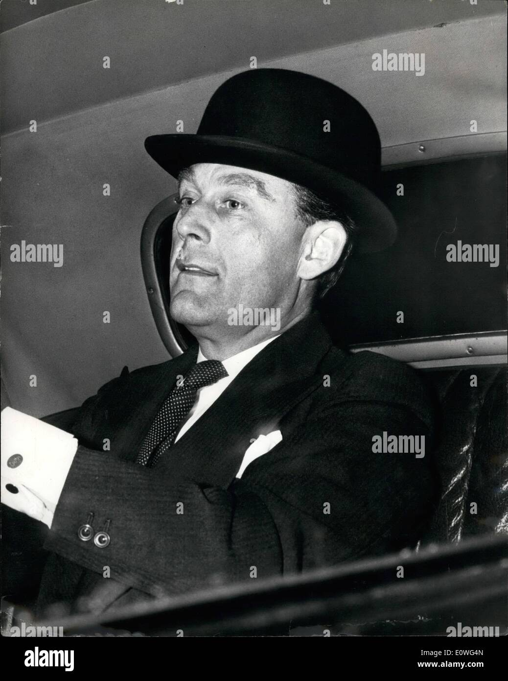 Nov. 11, 1962 - Mr. Galbraith Leaves Westminster Home: Mr. Thomas Galbraith, Under-Secretary of State for Scotland, Stock Photo
