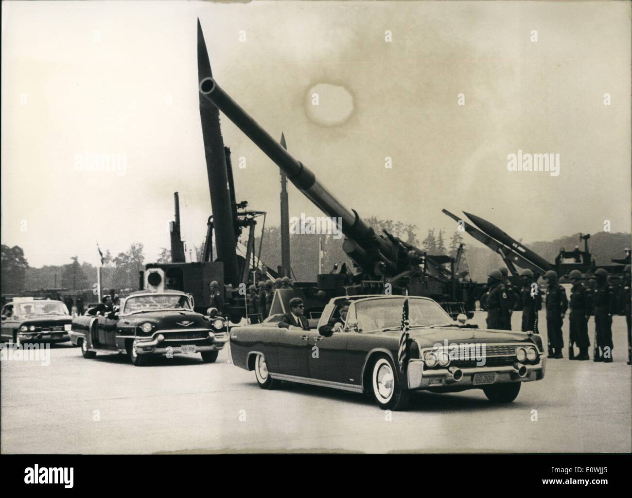 Jun. 06, 1963 - American President John F. Kennedy is shown visiting the city of Hanau to view a show of modern weapons. He was - Stock Image