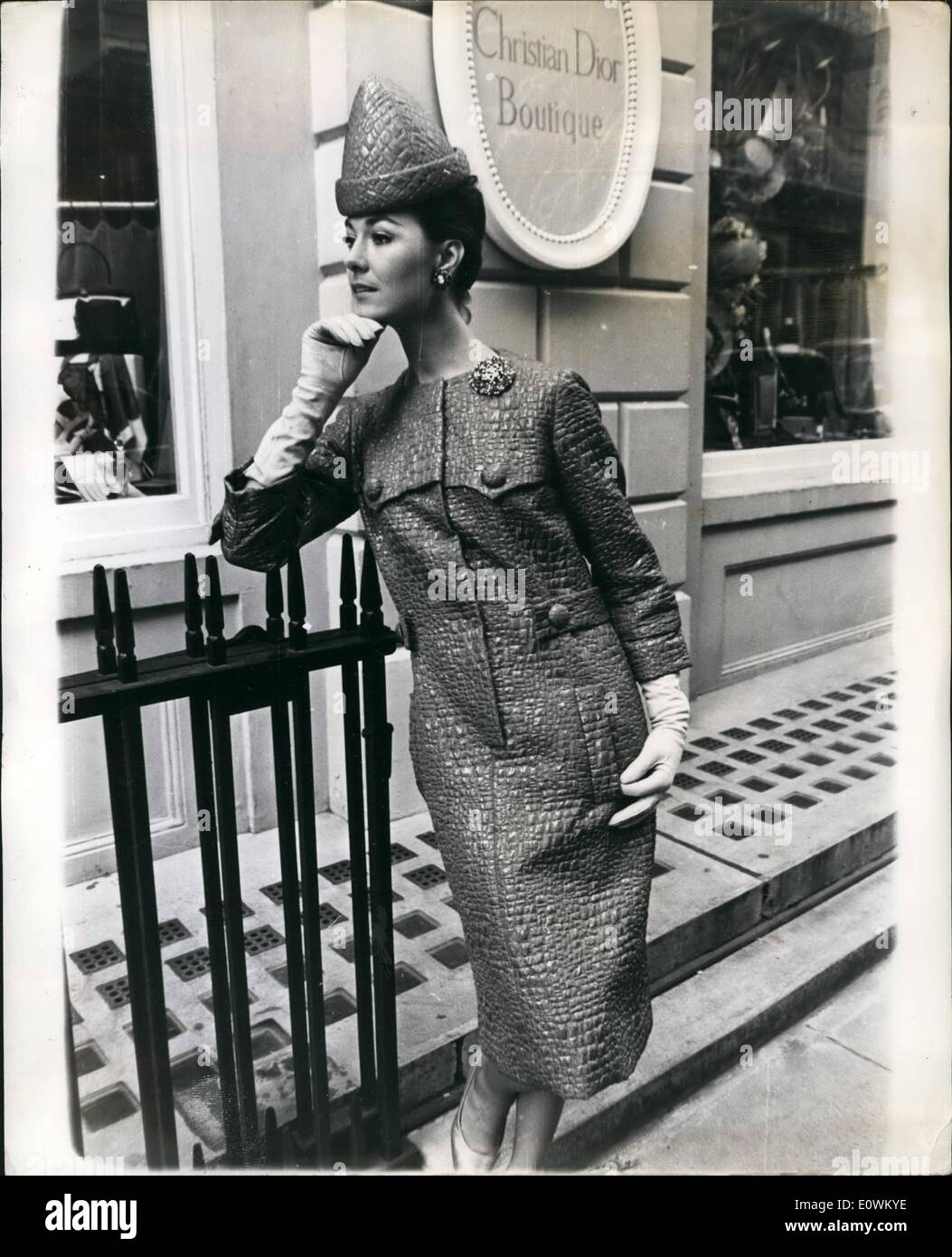 best service 7b541 944f6 May 05, 1963 - Slim line from Dior: Philippe Guinbourge ...