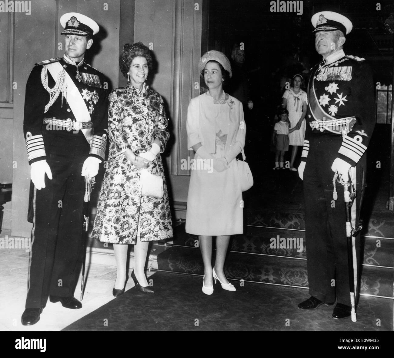 Queen Elizabeth II welcomes Greek royalty - Stock Image