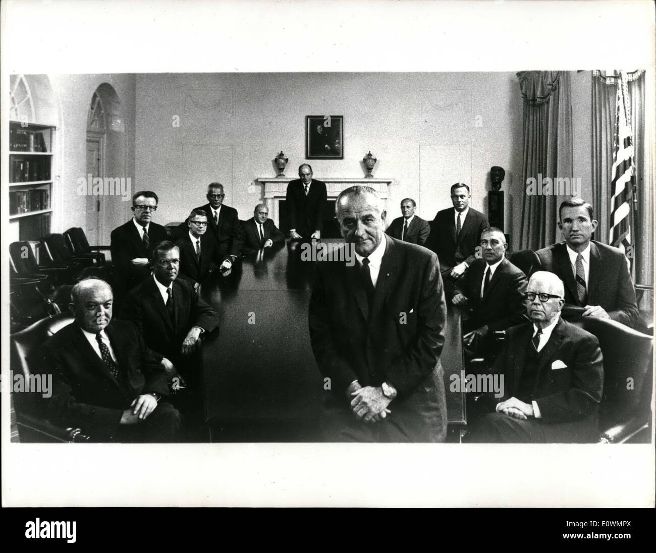 Aug. 08, 1963 - The President and his Cabinet: This new picture of President Johnson's cabinet, made recently at the White House, Washington, shows, clockwise from the Chief Executive; Secretary of State Rusk, Defense Secretary McNamara, Postmaster General O' Berien Agriculture Secretary Freeman, Labor Secretary Wirtz, Hud Secretary Weaver, Transportation Secretary Boyd, Hew Secretary Gardner, Acting Commerce Secretary Helloman, Interior Secretary Udall, Attorney General Clark and Treasury Secretary Fowler. - Stock Image