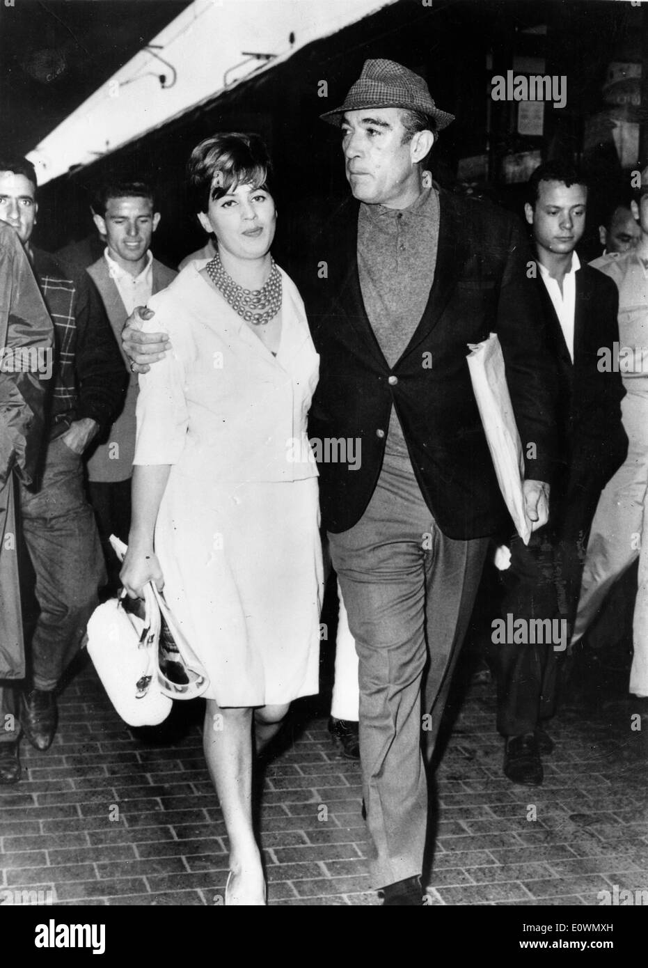 Actor Anthony Quinn Leave Italy With Wife Jolanda Stock Photo 69406697 Alamy