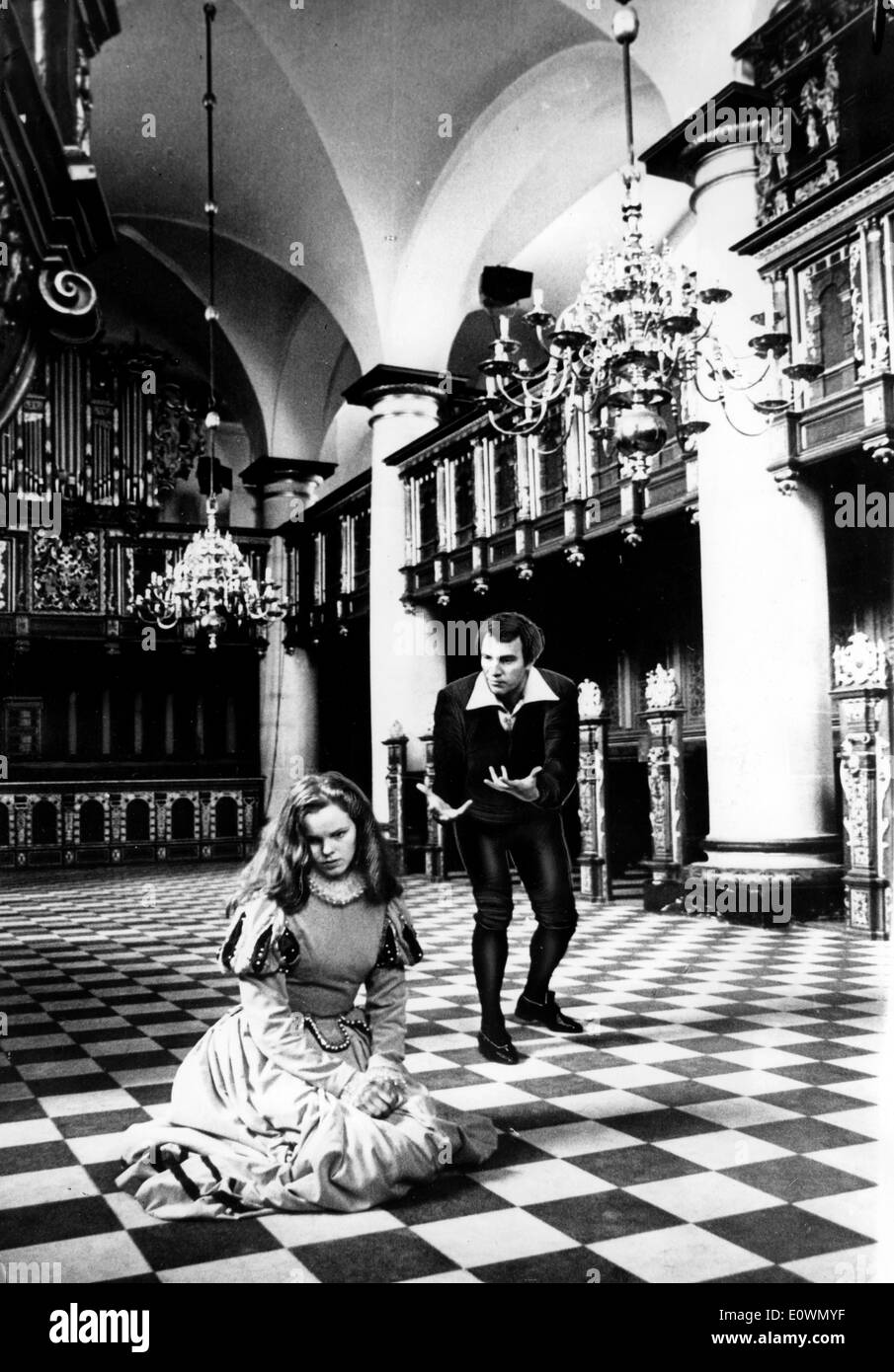Christopher Plummer and Jo Maxwell Muller in Hamlet - Stock Image