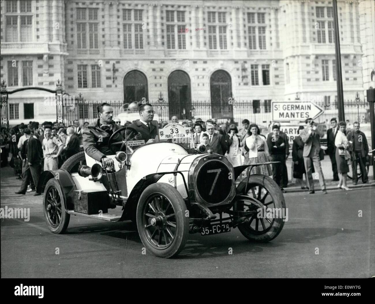 Old Cars Stock Photos & Old Cars Stock Images - Alamy