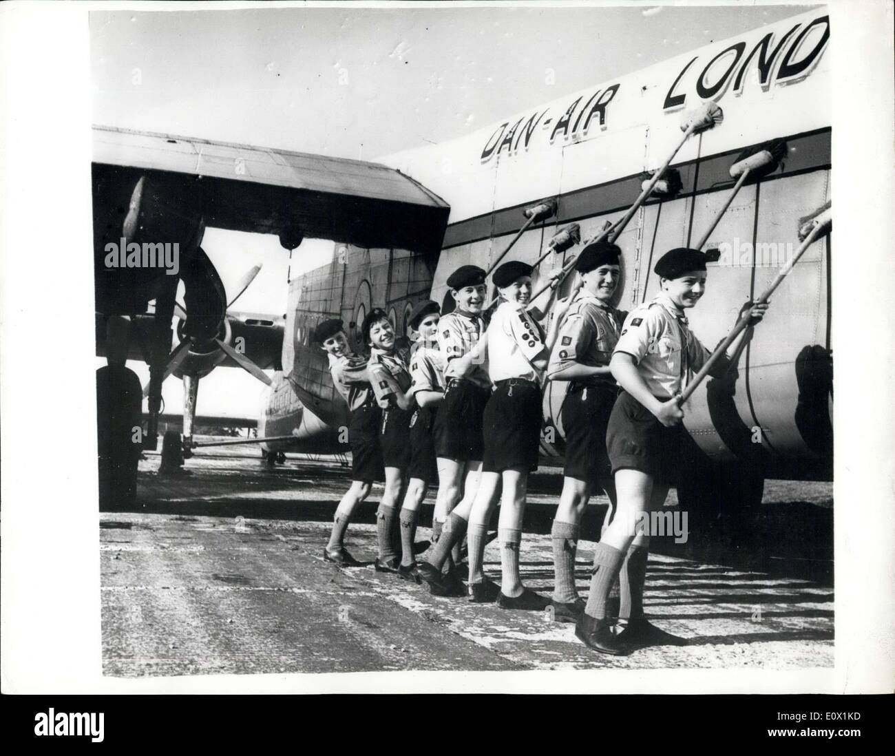 Oct. 24, 1964 - Last of Yorks donated to air scouts.: An historic era in World War 11 aviations came to an end at Lashem Airfield, Hants, today, when the last of the famous Avro Works was retired from Dan-Air Services Airline and donated to the Boy Scouts. The York, once a veteran of R.A.F. Air Transport Command, flew many wartime missions since its construction in 1942. In recent years the York figured prominently in the Berlin Airlift and later flew planeloads of refugees from Hungary to the West - Stock Image