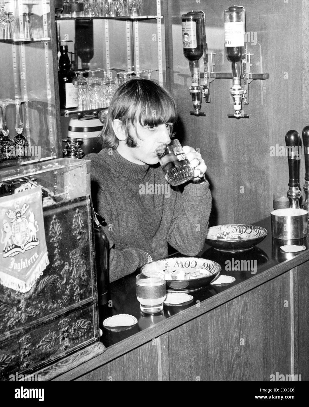 The Beatles' Ringo Starr at his house bar - Stock Image