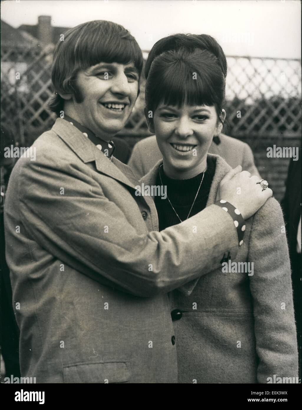 Feb. 02, 1965 - Ringo and his Bride - meet the press.. ''Set'' Hideout - at Brighton : Ringo Starr of the Beatles - and his b - Stock Image