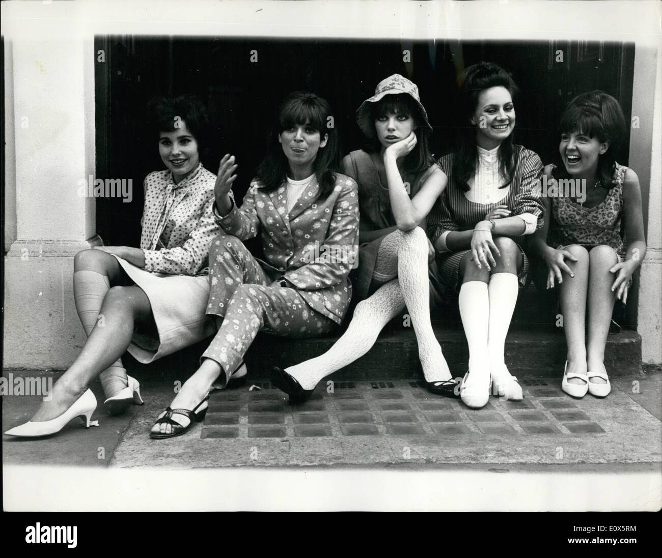 Jun. 06, 1965 - The Five Naughtiest Schoolgirls In Britain: A 250,000 gamble is being waged on five pretty faces. For they are the girls, all in their teens or early twenties, in the new musical ''Passion Flower Hotel''. The story, based on a best selling novel, is slightly eyebrow-raising even in these days. The five girls endeavor to run a brothel at their public school. Photo Shows: The five ''Pasion Flower'' girls (L to R) Karin Fernald, Jean Muir, Jane Birkin, Francesca Annis and Pauline Collins. - Stock Image