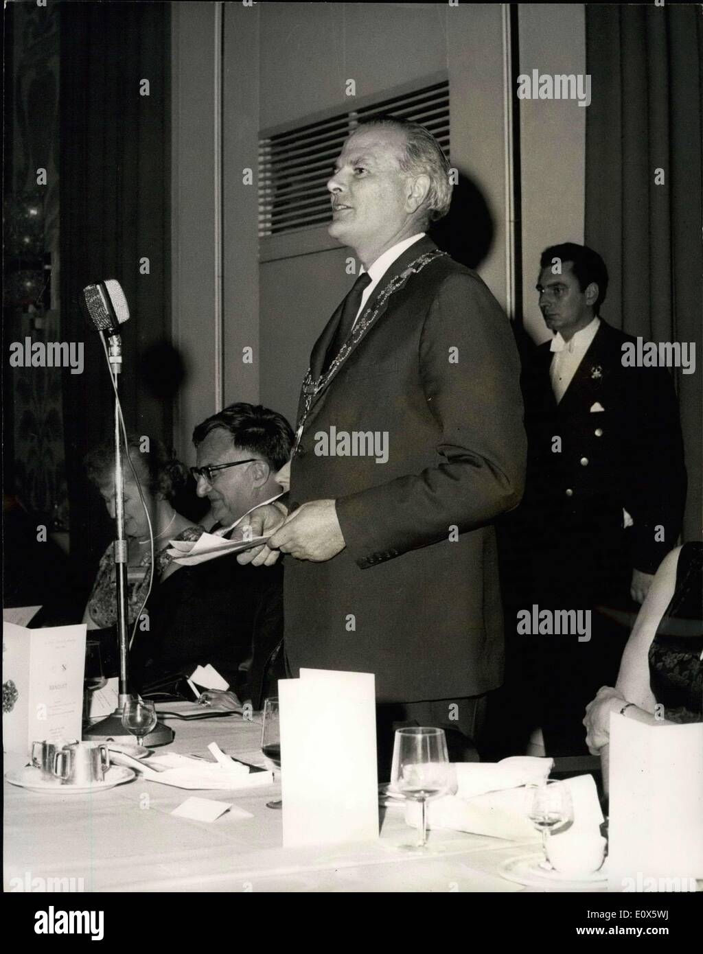 Jun. 15, 1965 - Institution of Chemical Engineers Banquet at the London Hilton. Many well known personalities attended the Institution of Chemical Engineers Banquet at the London Hilton Hotel - Park Lane - last evening. The toast was proposed by Lord Bowden, Minister of State - Dept. of Education and Science. Other speakers included Professor Stuart W. Churchill, Vice President American Institute of Chemical Engineers - and Professor P.V. Danckwerts, G.C., M.B.E., M.A., S.M., M.I. Chem. E - Stock Image