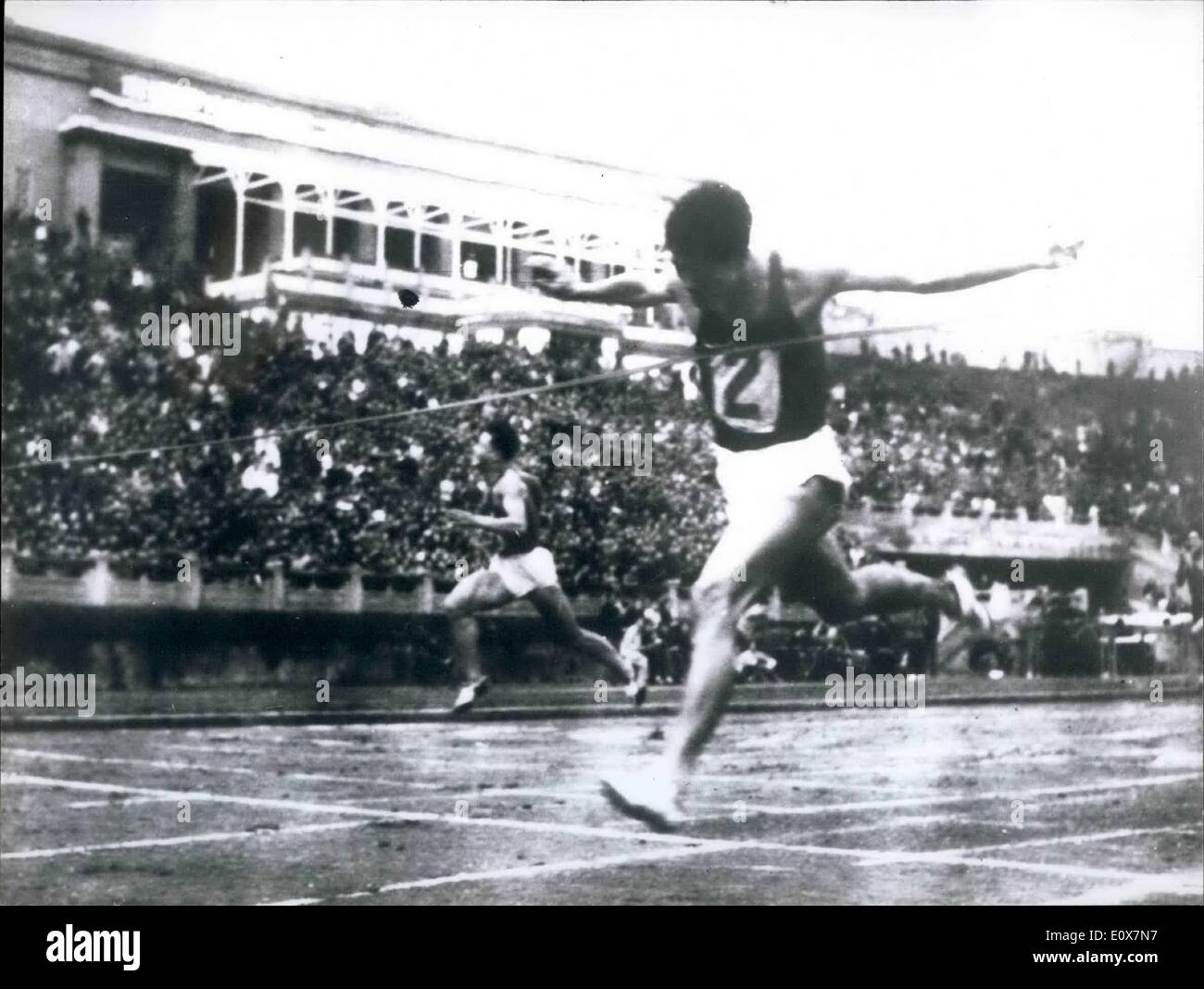 Sep. 09, 1965 - Chinese sprinter equals world record in Men 's 100 meter event: 27 years old Chinese sprinter Chen Stock Photo