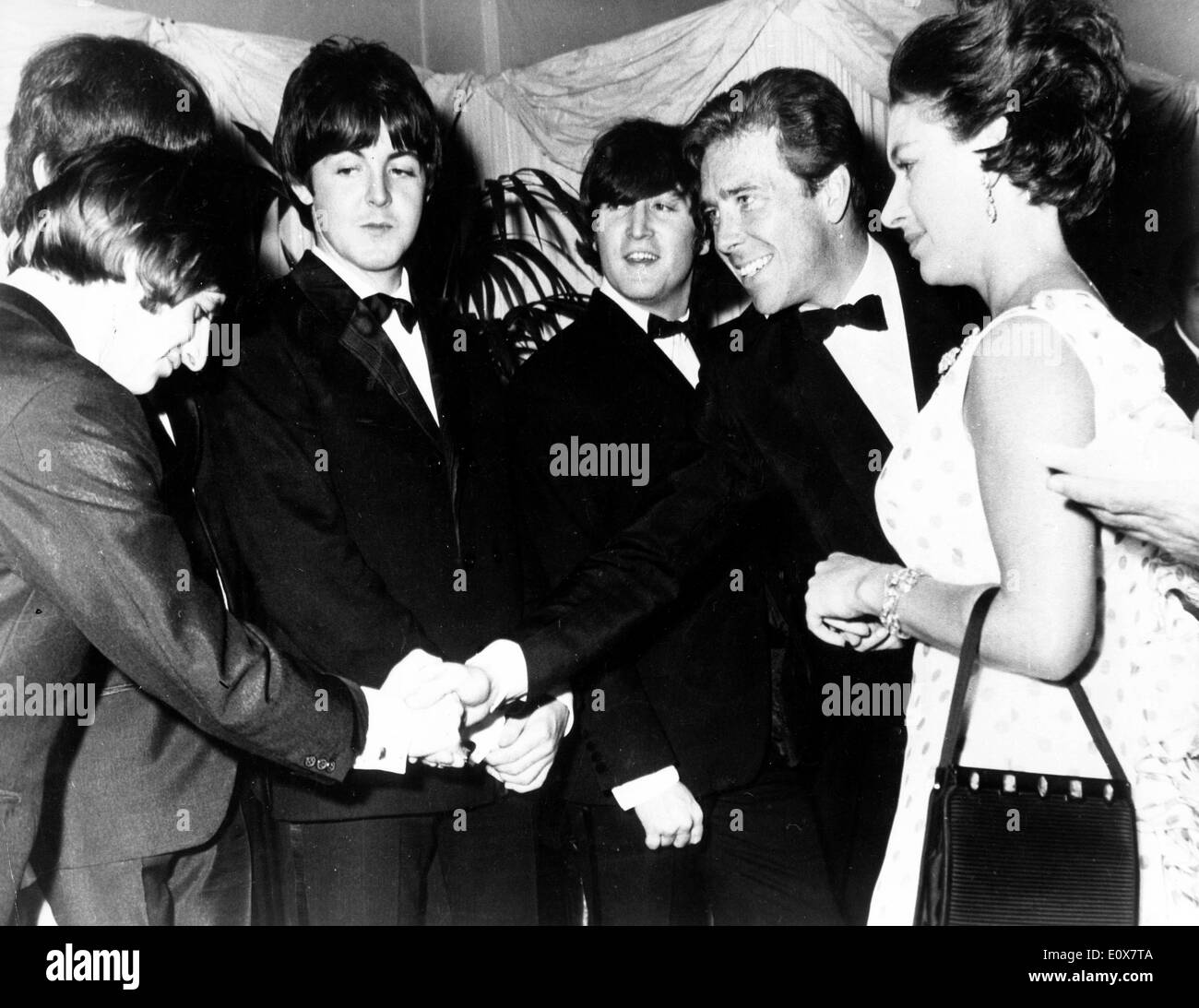 The Beatles meeting Lord and Countess Snowdon at the 'Help' premiere - Stock Image
