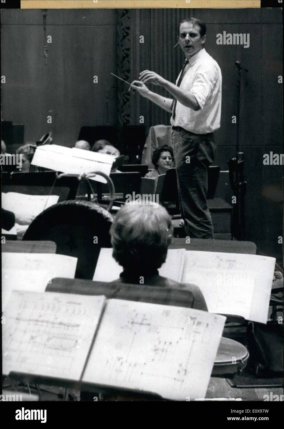 Oct. 10, 1965 - Impure Tunes was Karlheinz Stockhausen (37) forced to her, but this time unfornately not from the orchestra but - Stock Image