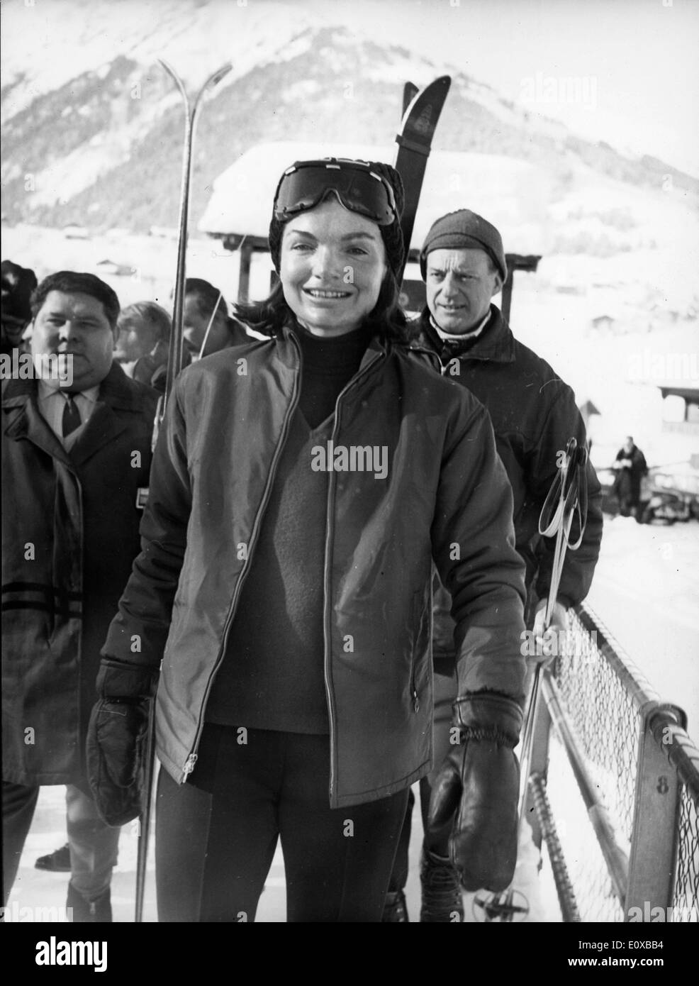 First Lady Jacqueline Kennedy on a ski trip in Switzerland - Stock Image