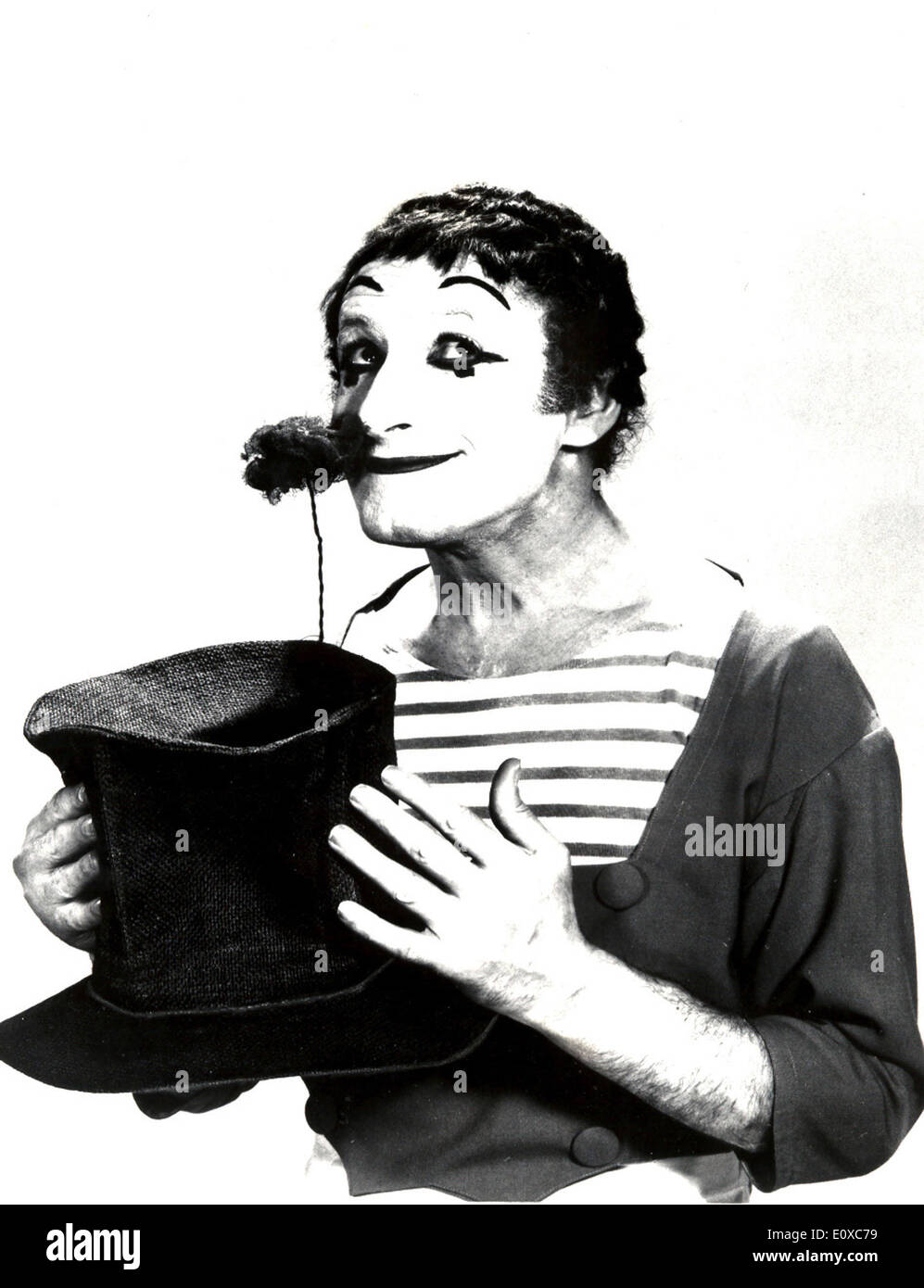 Portrait of French mime Marcel Marceau - Stock Image