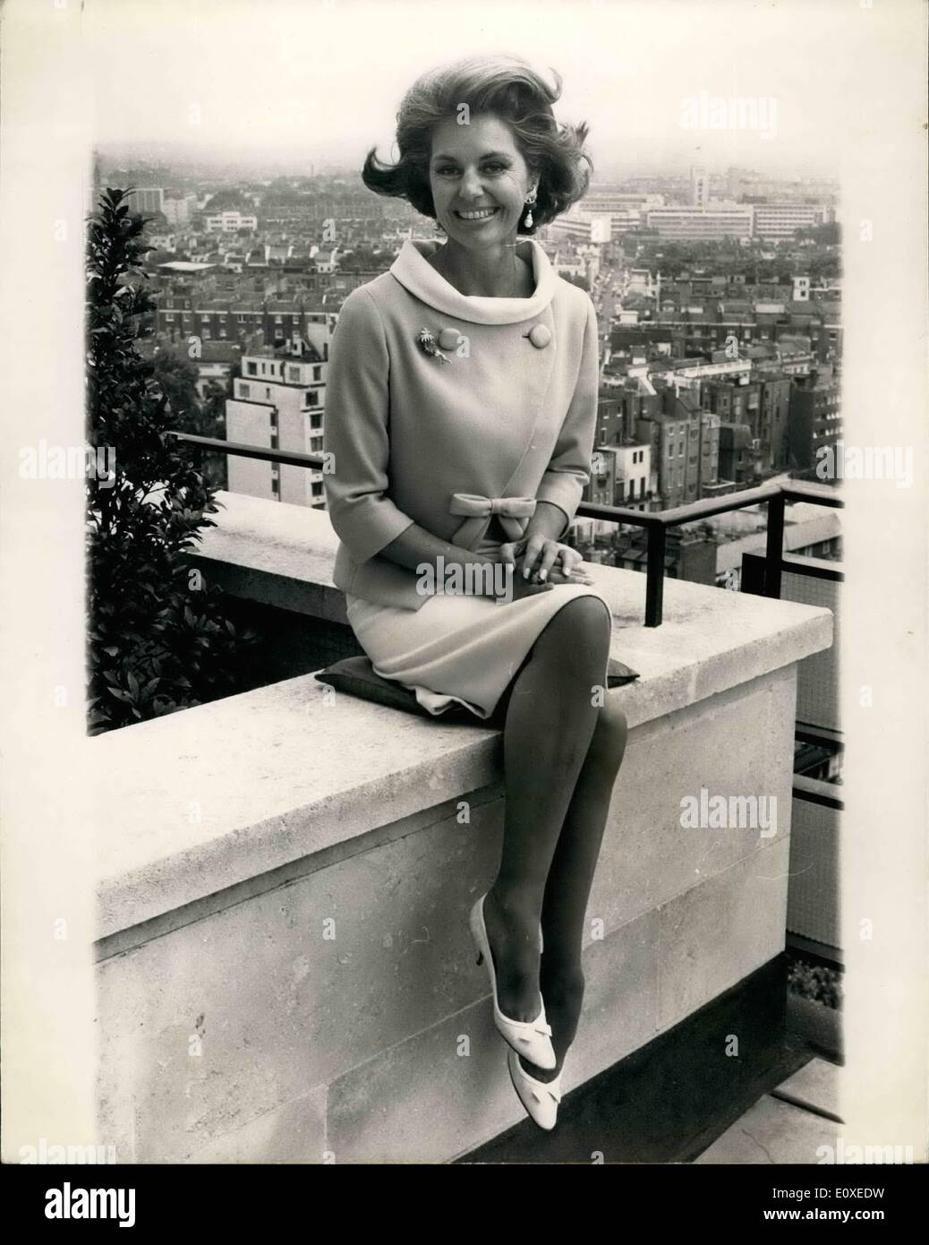 Jul. 07, 1966 - Cyd Charisse in London: Dancer Cyd Charisse and wife of singer Tony Martin, arrived in London yesterday from Hollywood to star in the film Maroc 7 by Rank, She will play the Editor of a Fashion Magazine - a job she sees as cover for her activities as an international jewel thief. Also starting in the film is Game Barry, of ''Burke's Law'' fame, who plays the undercover agent whose job is to expose her, Leslis Phillips and John Gale. She will be in London for a week and then flies of to Mar ware part of the film is being shot - Stock Image