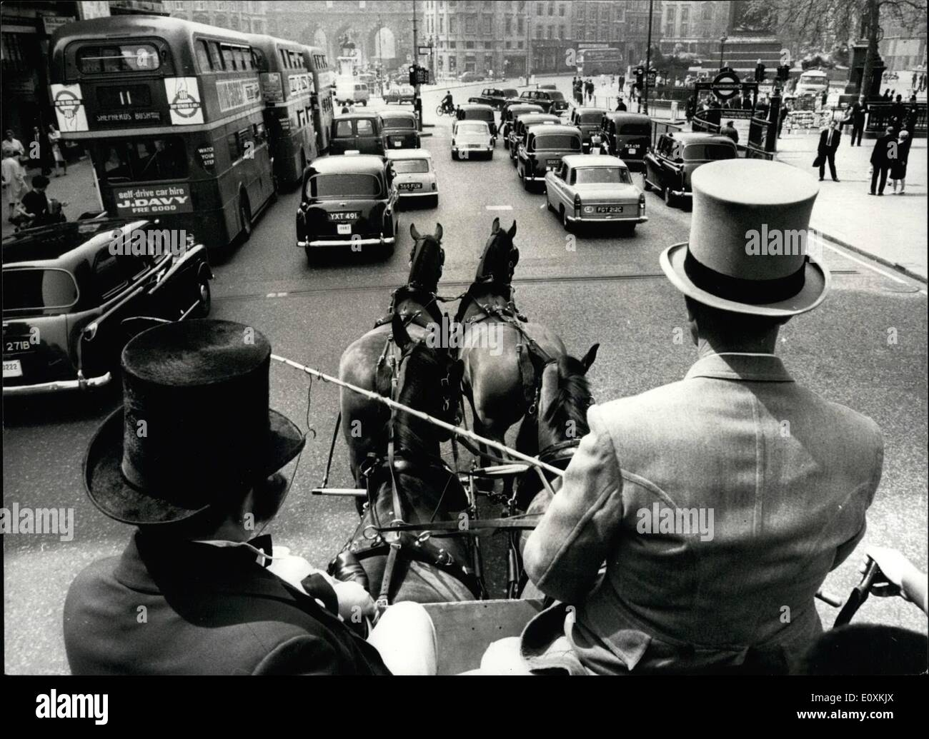 May 05, 1967 - Illustrated London News Celebrates 125th Anniversary. The world's oldest illustrated weekly news paper the Illustrated London News, celebrates its 125th Anniversary today. And to celebrate they recreated the first deliveries of the paper along Fleet Street and Central London, as they were made by horse drawn stage coach in 1842. The original printing office stood in Crane Court. The publishing office was at 320 Strand, the site of Bush House. Afterwards, the coach, carrying Illustrated London News staff in period costume, toured central London - Stock Image