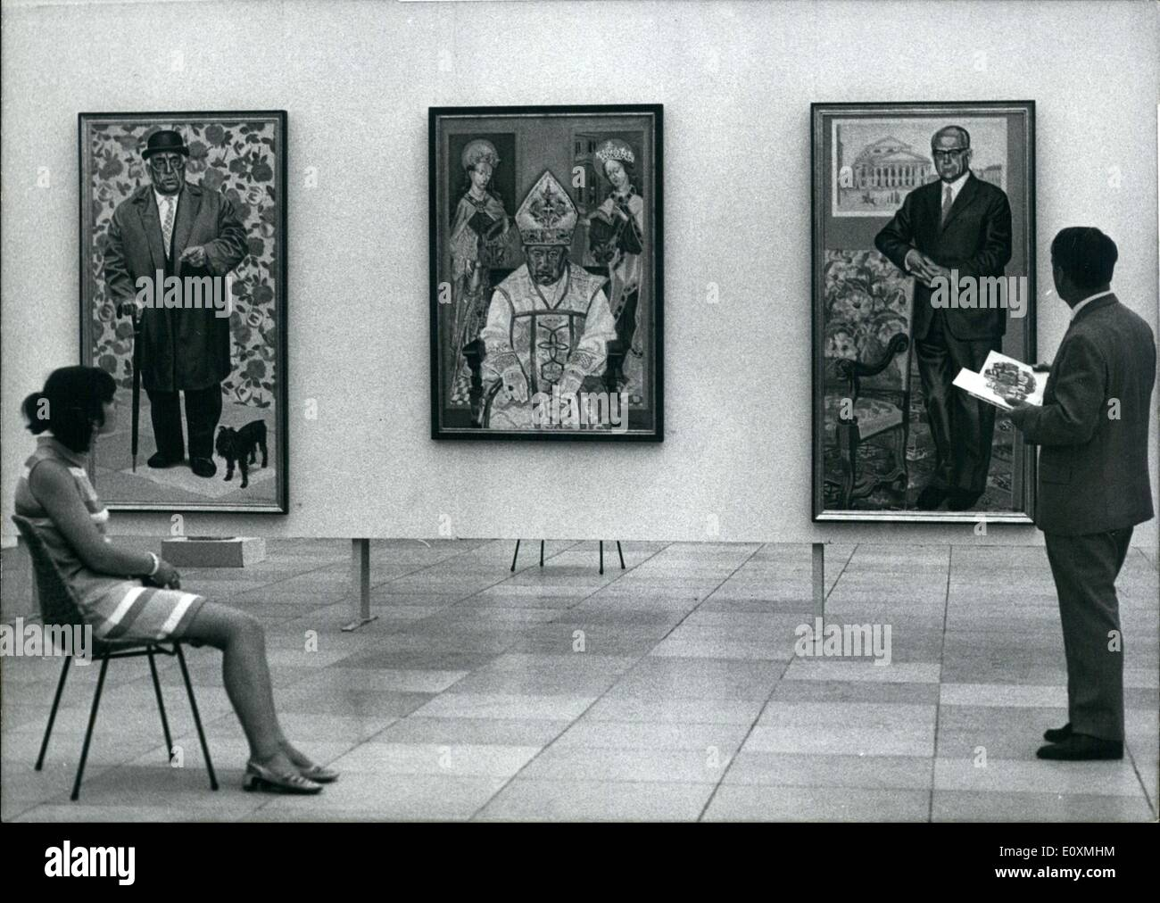 Jun. 06, 1967 - Great Arts Exhibition Munich 1967 In the evening of the 7th of June will be inaugurated the ''Great Arts Exhibition 1967'' in the House of Arts in Munich. The three great groups of artists -Secession, New group and New Munich Artist Company - are, as always, represented. Altogether are to be seen in the House of Arts and the garden belonging to it about 1.200 paintings, sculptures, etchings, woodcuts etc.. The exhibition is opened from 8th June until 24th September, 1967. Ops.: Adolf Hartmann, Munich: left: self portrait (oil, 145 x 100 cm) middle: Abt Prof - Stock Image