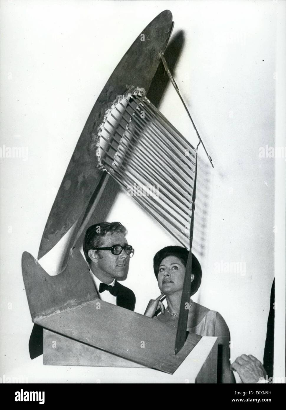 Jun. 06, 1967 - Princess Margaret and Picasso's Maquette: Following last night's Thursday Institute of Contemporary Stock Photo
