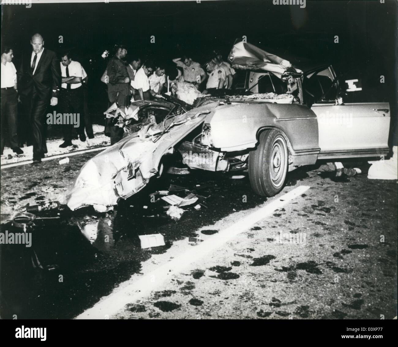 Jul Jayne Mansfield Killed In Car CrashPhoto Shows The - New orleans car show