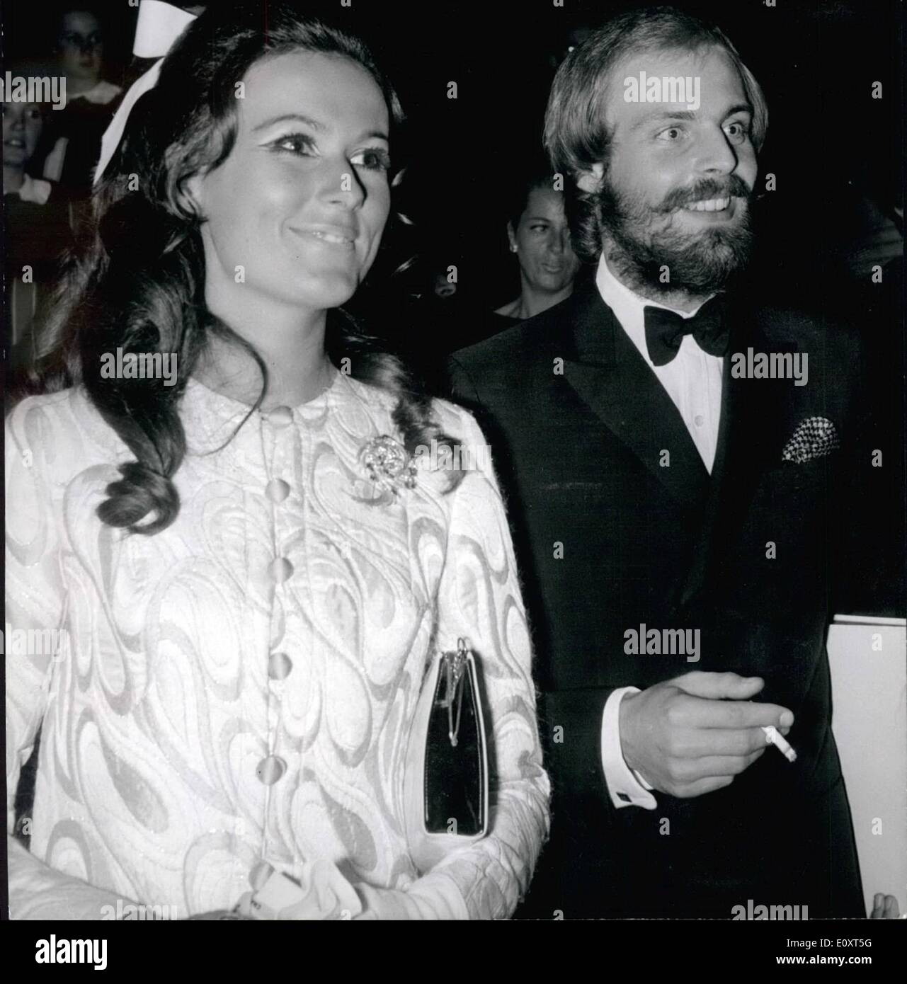 Sep. 09, 1967 - ''Taming Of The Shrew'': Gala Performance At Paris Opera: Franco Ziferelli's film ''Taming of the Shrew'' starring Liz Taylor and Richard Burton was giev at a Gala show held at the Paris Opera last night .Photo Shows Mike Marshall (Michel Morgan's Actor son) pictured with his wife as they arrived at the Opera House. - Stock Image