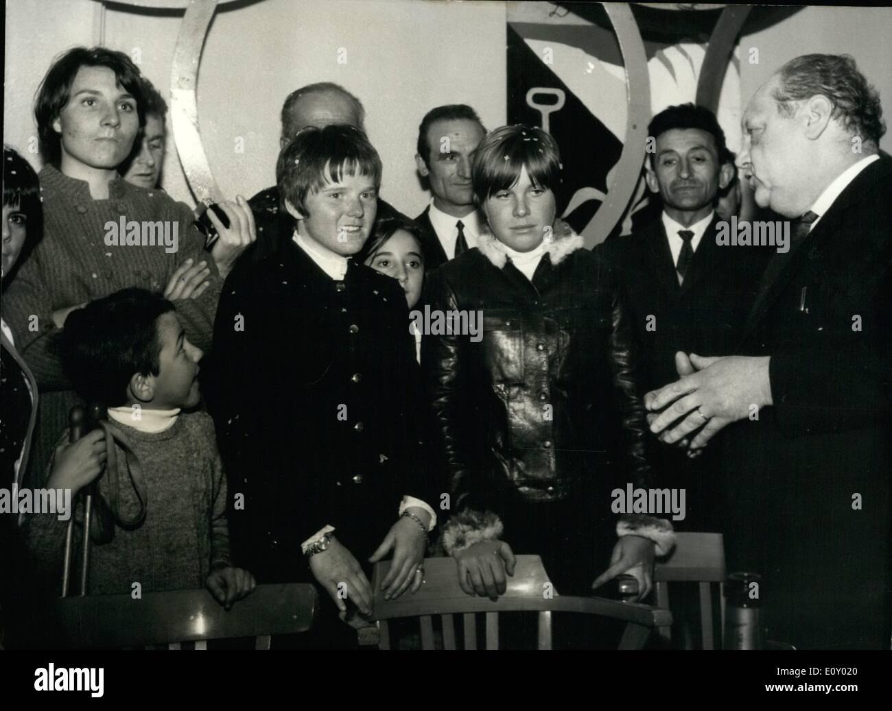Apr. 04, 1968 - Girl skiers back home: roaring welcome in Pyrenees Villages.: Isabelle Mire and her teammate who took part in the recent ski Competitions in America. Were given a roaring welcome at Lannemezan, Isabelle mi 4s native town in the French Pyrenees. Photo shows during the official reception from L. to R.: Annie Famose (half hidden), Christine Ebranger (Marielle Goittschel's sister), Isabelle Mir and Florence Steurer. - Stock Image
