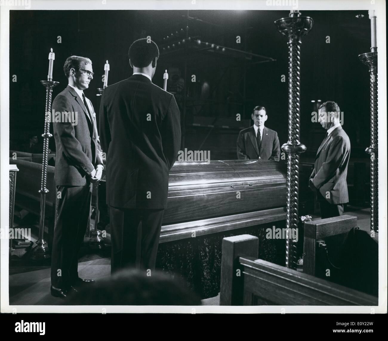 Jun. 06, 1968 - Night vigil at Robert F. Kennedy's casket at St. Patricks Cathedral, New York, June 7, 1968, - Stock Image