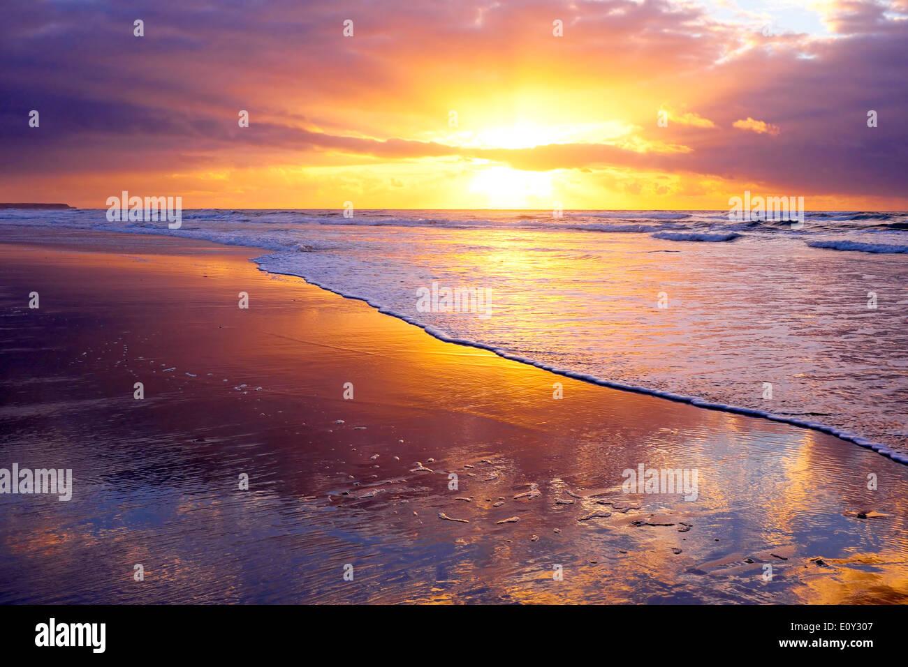 Beautiful sunset at the atlantic ocean in Portugal - Stock Image
