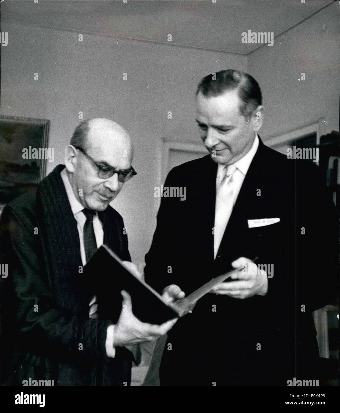 Aug. 08, 1968 - Head Of Bartok Archives In New York Visits Professor Bence Szabolcsi In Budapest: Dr. Benjamin Suchoff, - Stock Image
