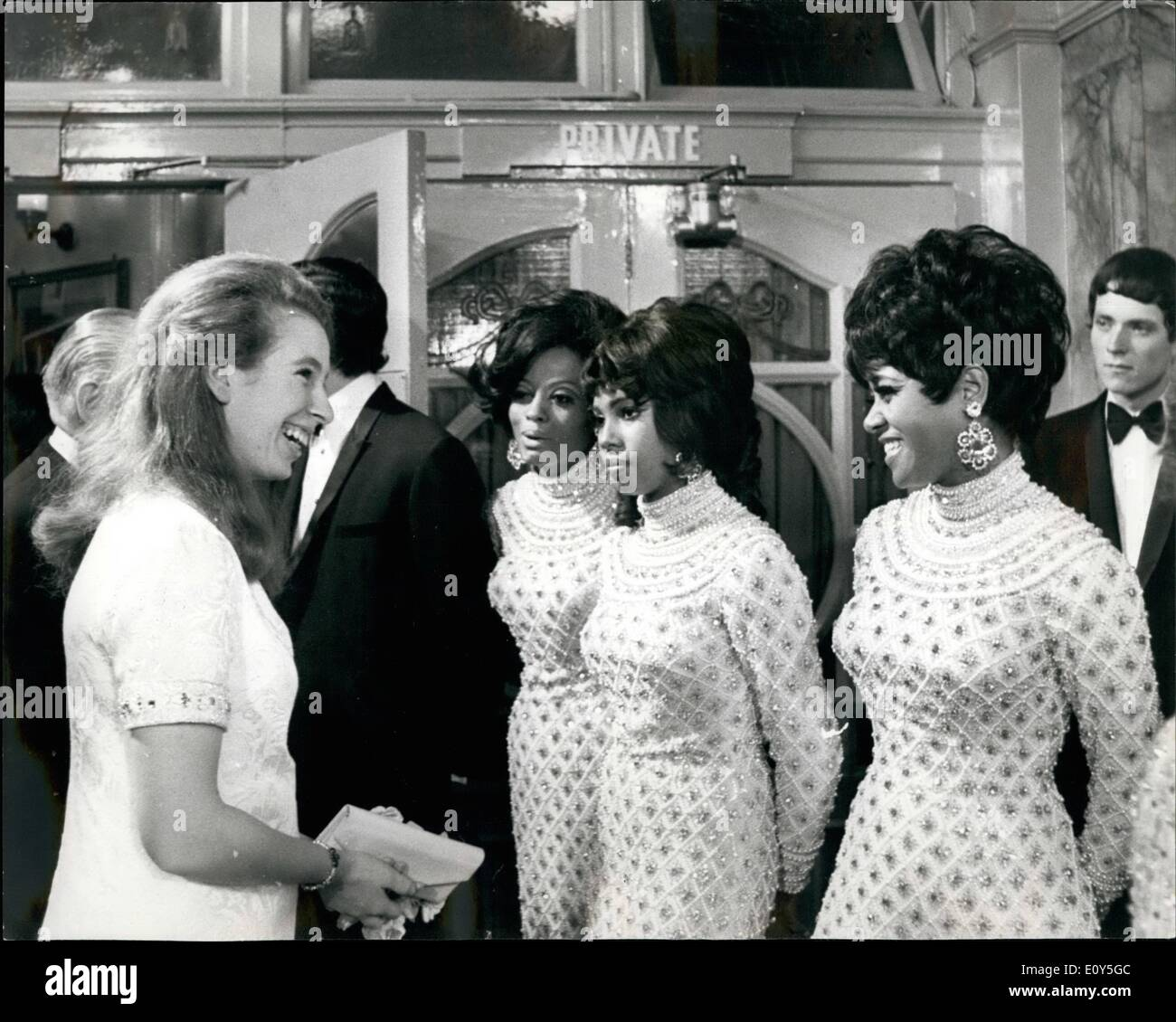 Nov. 11, 1968 - Royals Attend The Royal Variety Performance At The London Palladium: Queen Elizabeth, the Queen Mother, was accompanied by Princess Anne, Prince Charles, Princess Margaret, and her husband, Lord Snowdon, when they attended the royal Variety Performance at the London Palladium this evening in aid of the Variety Artistes 'Benevolent Fund. Photo Shows Princess Anne stops to chat to the Supreme Pop group when she met the stars after the show. - Stock Image