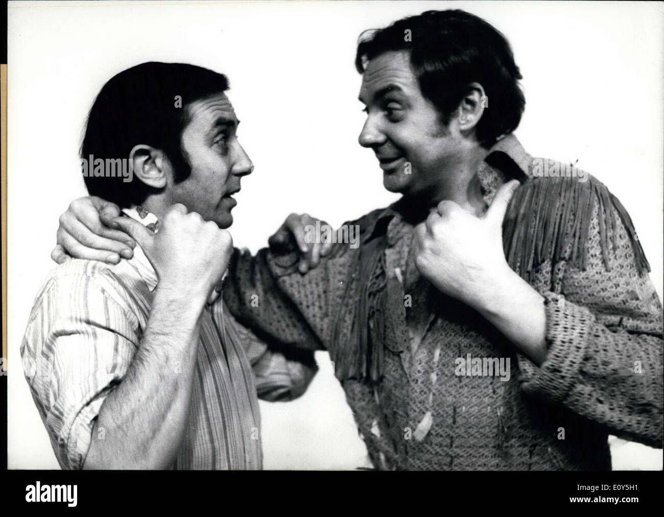 Feb. 05, 1969 - Hans Clarin(left) and Harald Juhnke(right) have played a ''unique pair'' in a months-long comedy play in Munich - Stock Image