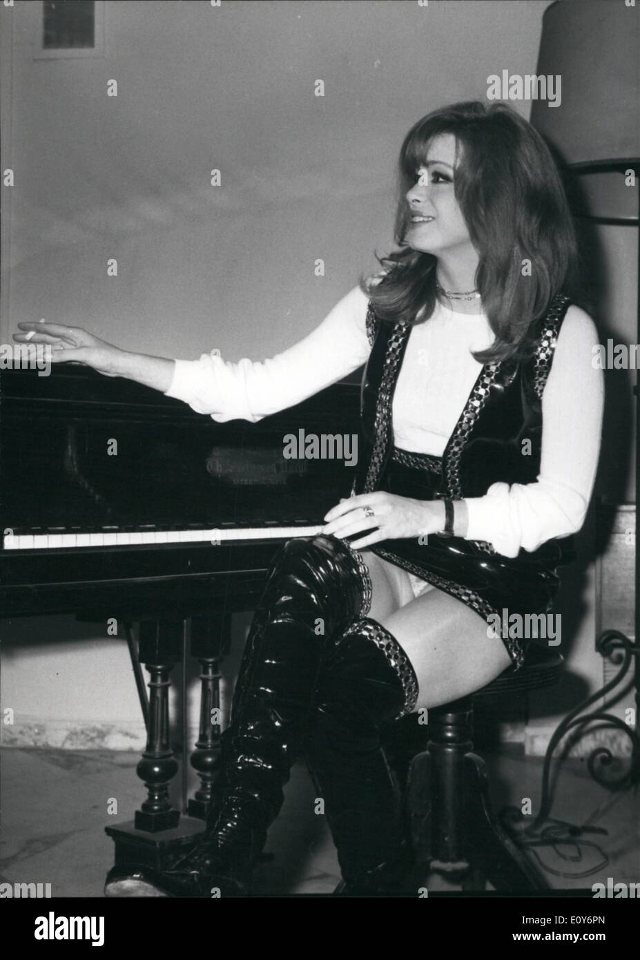 Forum on this topic: Deepika Singh 2011, margaret-lee-english-actress/