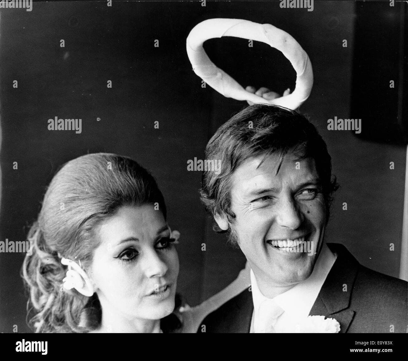 Actor Roger Moore Weds Luisa Mattioli Stock Photo