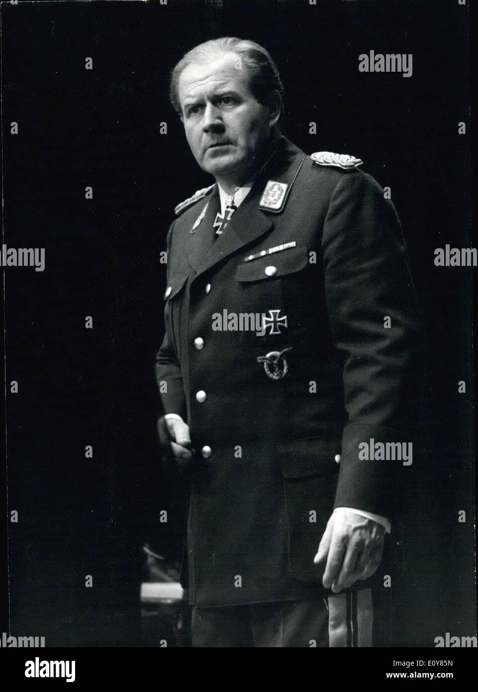 Apr. 21, 1969 - ''The Devil's General'' cam currently be found on a tour of Germany. Hans Joachim Kulenkampff, best known as quizmaster of ''Einer wird gewinnen''(One will win), plays the role of General Harras in this theater piece from Carl Zuckmayer. Directed by Elmar Schulte. Our picture was taken during his guest role in K?ln several days ago. - Stock Image