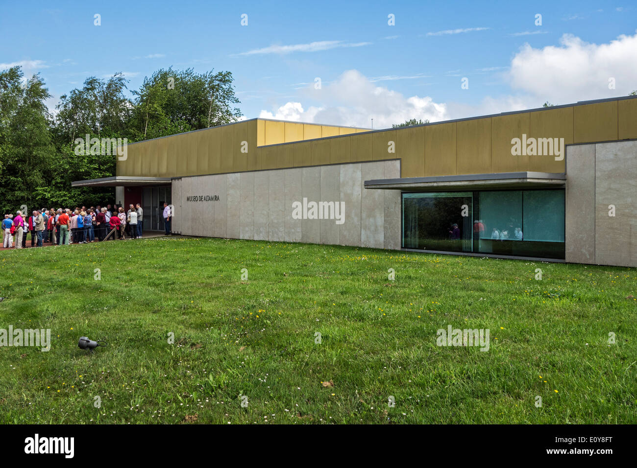 Tourists waiting at the entrance of the National Museum and Research Center of Altamira, Santillana del Mar, Cantabria, Spain - Stock Image