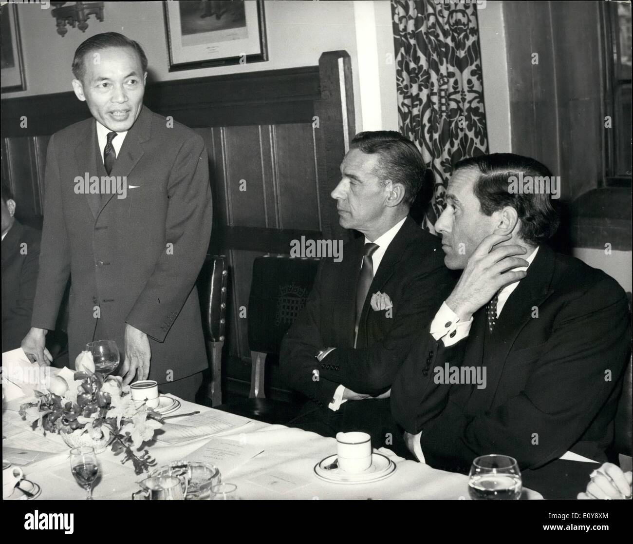 Feb. 02, 1969 - Liberals Quiz South Vietnam MP's: The leader of the Liberal Party Jeremy Thorpe and a number of the fellow Liberals spent their lunch hour today at the House of Commons with members of the South Vietnamese government which they had criticized so often. The lunch had been set up as the result of discussion some months ago between the South Vietnamese Ambassador and Peter Bessel, the Liberal who sits for Bedmin. The Ambassador commented on criticisms which had been leveled at his government by Liberals. Mr - Stock Image