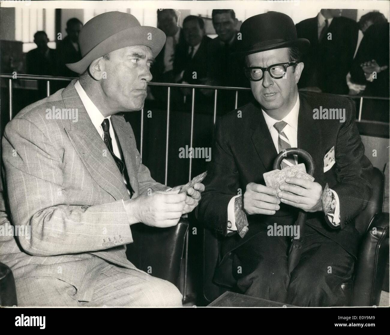 Jun. 06, 1969 - ''Sergeant Bilko'' Arrives - And His Met By Tommy Trinder. The American comedian - Stock Image