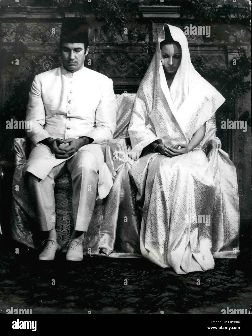Oct. 10, 1969 - Aga Khan And Bride In Moslem Wedding. The Aga Khan, 32, and his bride, formerly Lady James Crichton-Sturat, 29, - Stock Image