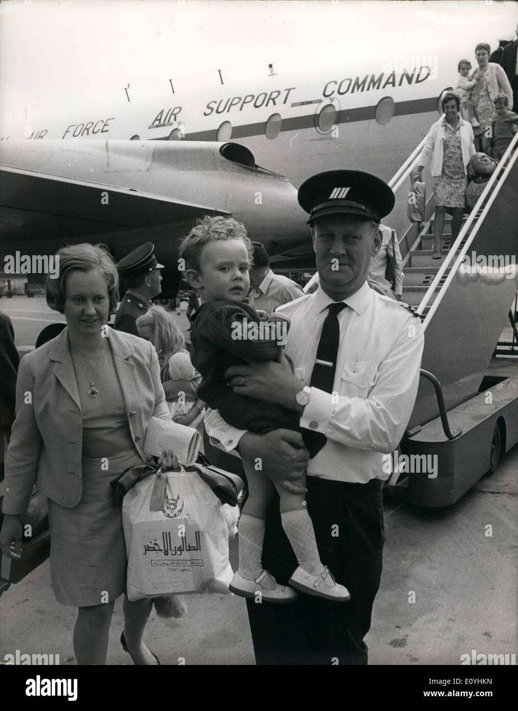 Jun. 06, 1970 - Britons Flown Home From Jordan's Tense Capital: Photo Shows Women and children who were evacuated Stock Photo
