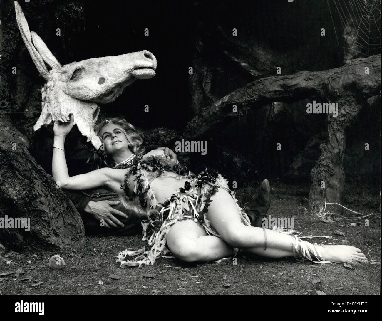 Jun. 06, 1970 - Open Air theatre rehearsals for ''A Midsummer Night's Iream''. A rehearsal was held this afternooon at the Regent's Park Open air theatre , for ''A Midsummer Night's Conville for the New Shakespeare Company. Photo shows Irena mayeska, who plays Titania, and Trevor Peacock who plays Bottom - seen during today's rehearsal. - Stock Image