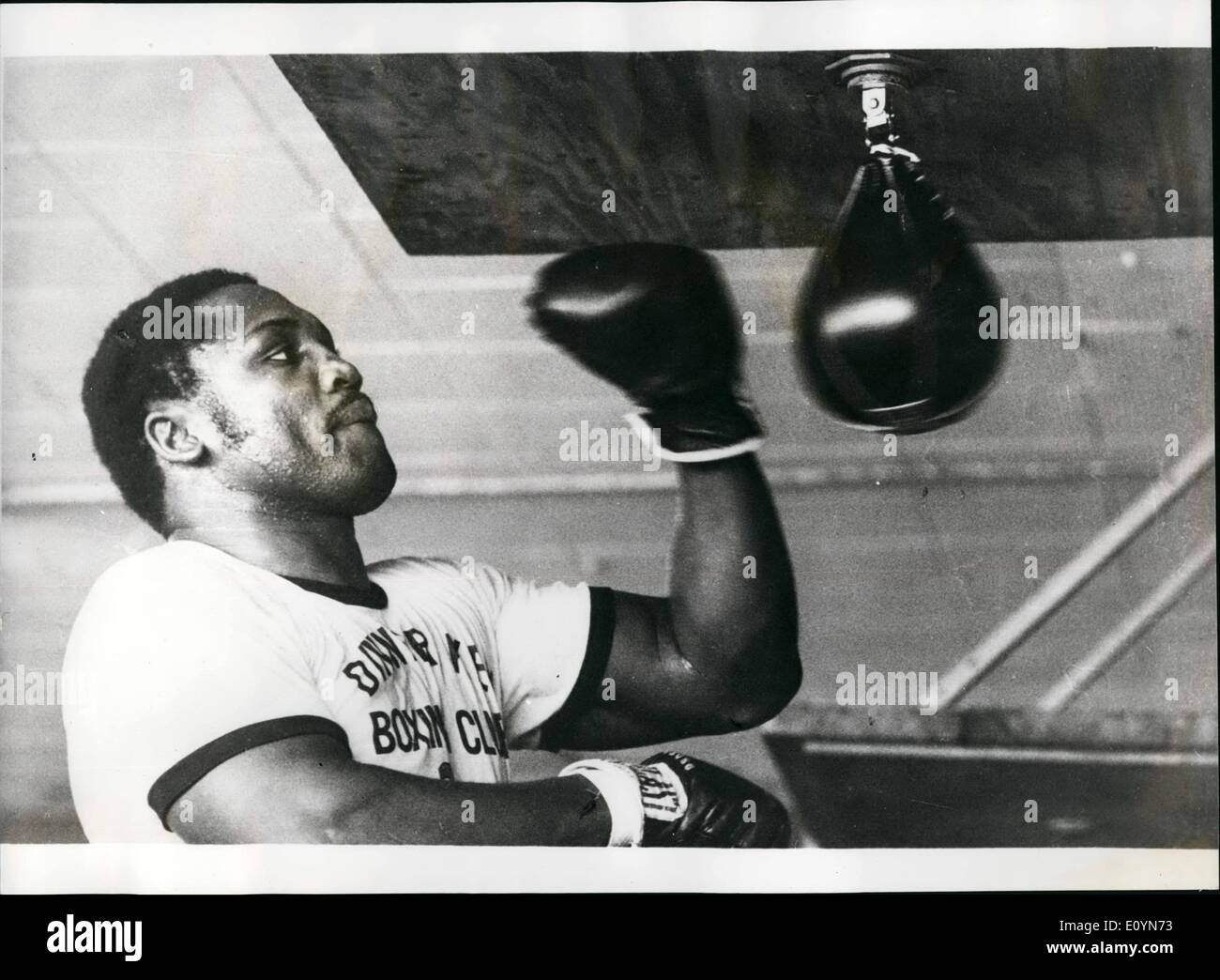 Nov. 11, 1970 - Joe Frazier to meet bob Foster. Joe Frazier, will meet Bob Foster, the cruiser weight champion of the world from Albuquerque, new Mexico for the heavyweight championship of the world, in Detroit. photo shows Joe Frazier, who meets Bob Foster for the heavyweight championship of the world next Wednesday. - Stock Image